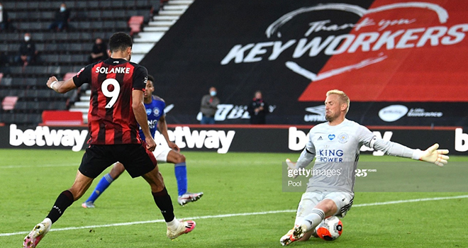 Bournemouth 4-1 Leicester: Thua sốc, Leicester sắp bị MU đá khỏi Top 4